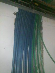 הכנת צנרת חשמל ותקשורת