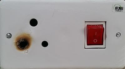 החלפת פקק בלוח חשמל