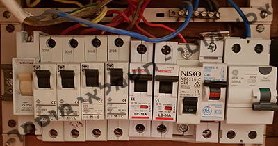 תקלות אפשריות בלוח חשמל
